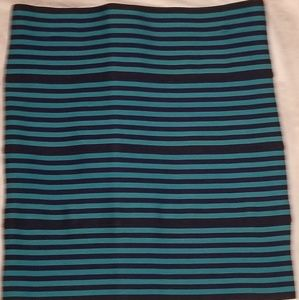 Sexy miniskirt in hot turquoise & black stripes!